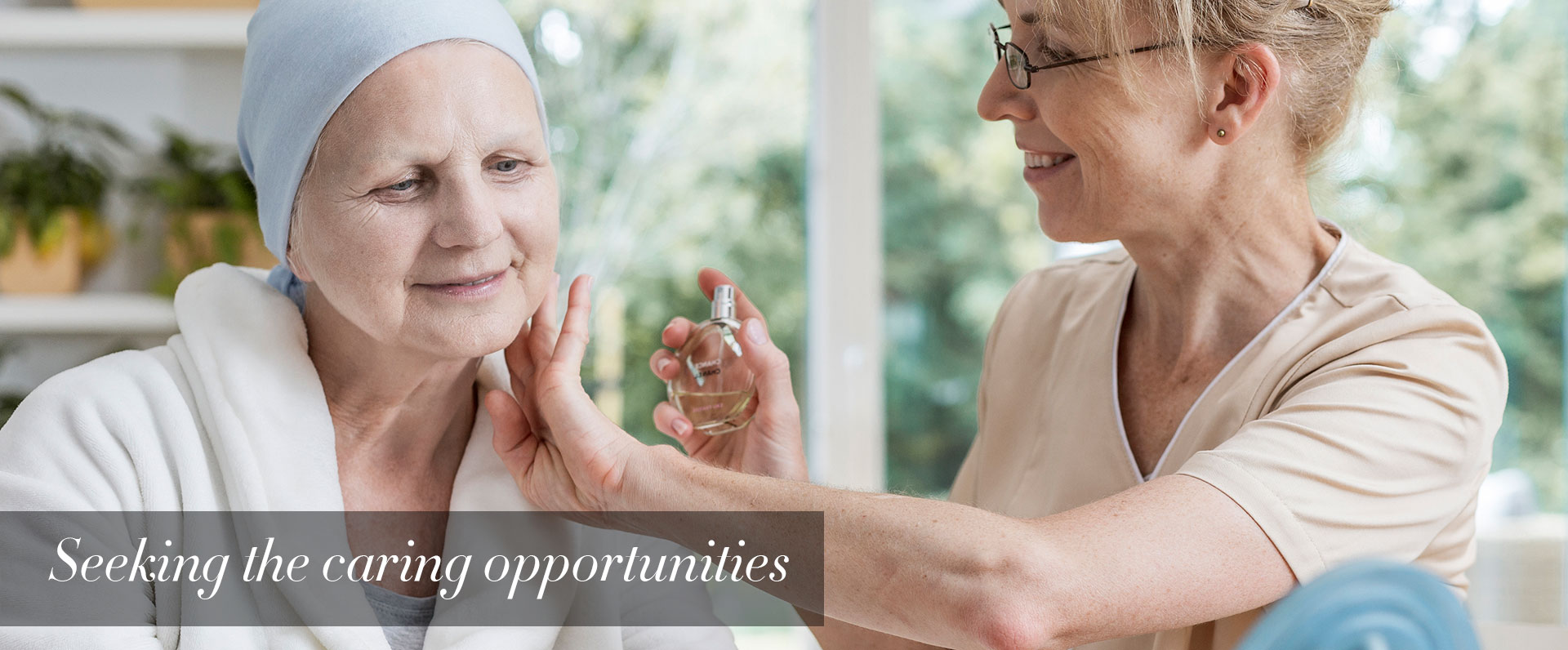 banner-Hospice-Home-Care-volunteering